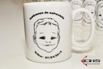 Caricaturas ao vivo em canecas de porcelana pré-personalizadas. Granja Viana